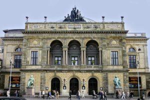 Det Kongelige Teaters Balletskoles nye fysioterapeut og osteopat er fra KropsVærkstedet